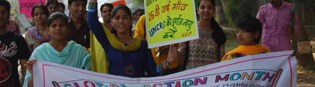 Inde: Une fillette exploitée devient jeune femme engagée